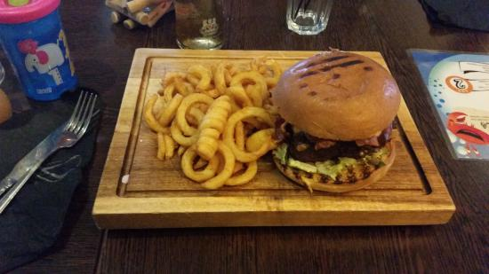 The Harbourmaster: thats what you call a burger :)