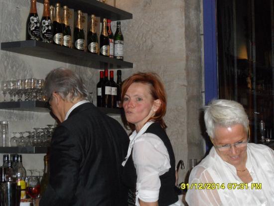 Restaurant Le Château du Port : Family hands on!