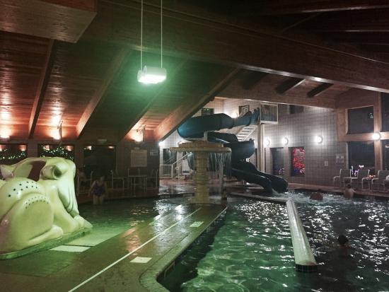 Hotel Glenwood Springs: Awesome pool area!