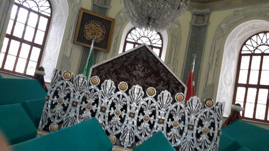 Tombs of Osman and Orhan : Osman gazi