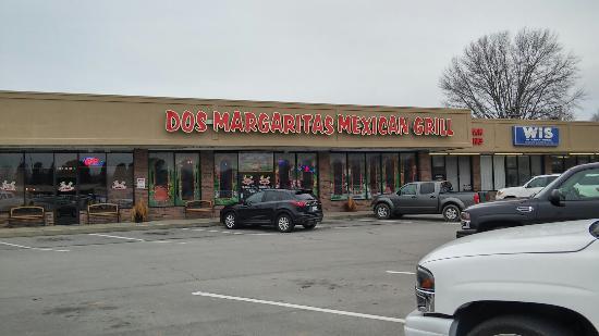 Dos Margaritas: Local Favorite