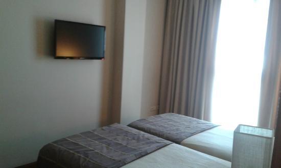 Hotel Vertice Sevilla : Dormitorio