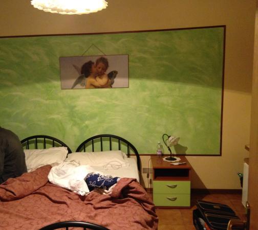 Carino e pulito foto di b b soggiorno petrarca for B b soggiorno petrarca