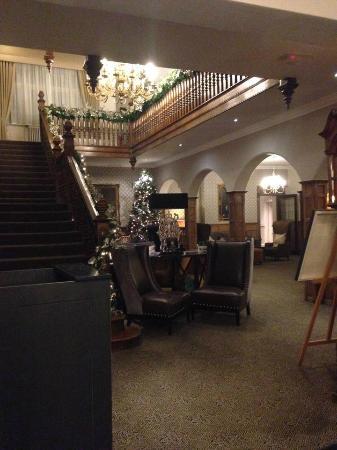 Macdonald Berystede Hotel & Spa: Hotel Reception Area
