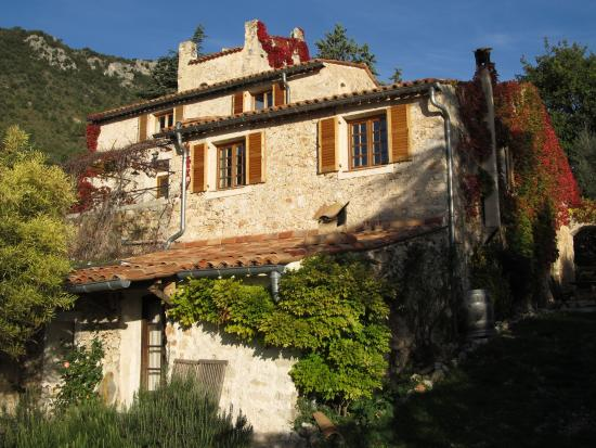 Chateauneuf-Villevieille, Frankreich: A view of the residence