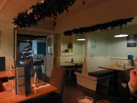 Hunkydory Restaurant: Christmas decorations