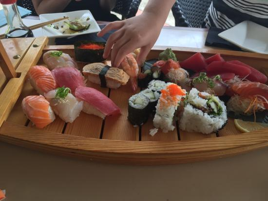 Yume Japanese Restaurant: Sushi floats her boat
