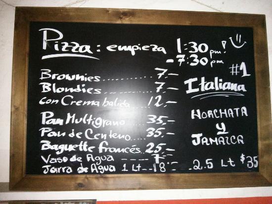 Ivos Pizza: Menu