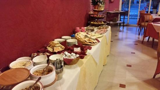 Hotel Dore: Sala colazione