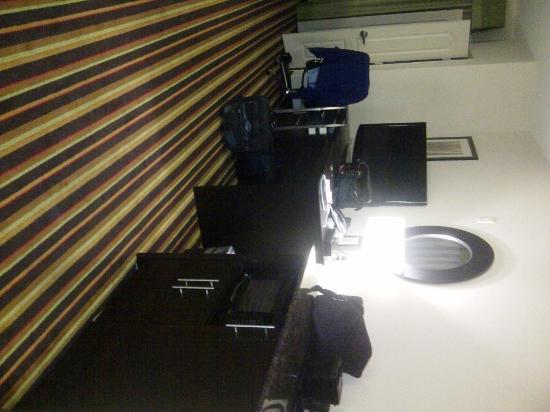Comfort Suites: ComfortSuitesWesternPlzaAmarilloTX