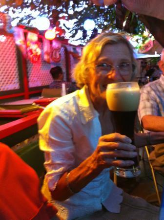 Brigit & Bernard's Garden Cafe : Excellent beer