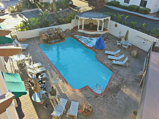 Best Western Casa Grande Inn: New Heated Pool and Jacuzzi area.