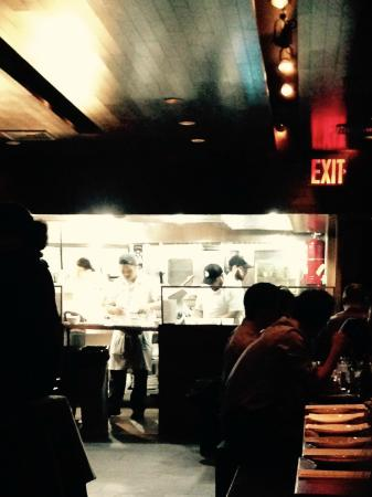 Momofuku Ssam Bar: The interior w/view of chefs