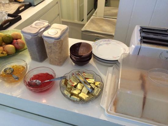 Nantra De Comfort: Breakfast
