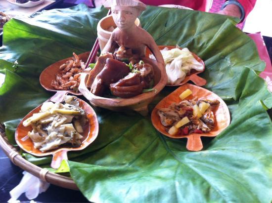 Harbor Resort Hotel: Lunch set!