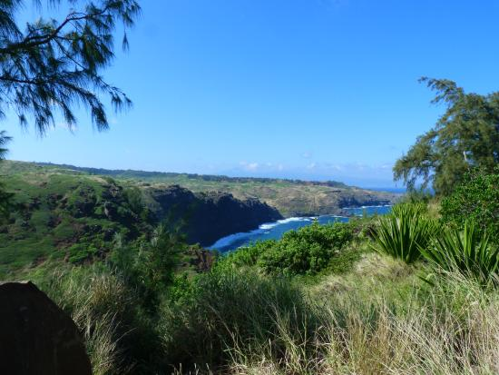 Boss Frog's Dive and Surf - Lahaina: views on West Maui loop