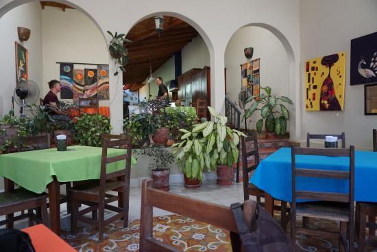 Restaurante El Garaje: The Place