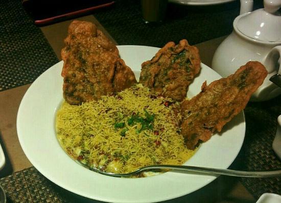 Cafe Lota: Starter - Palak Patta Chaat