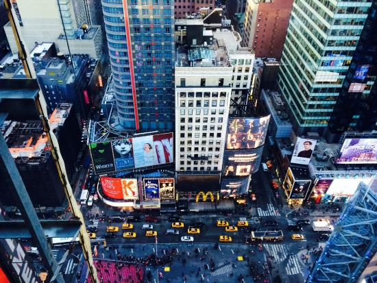 W New York - Times Square : Times Sq view