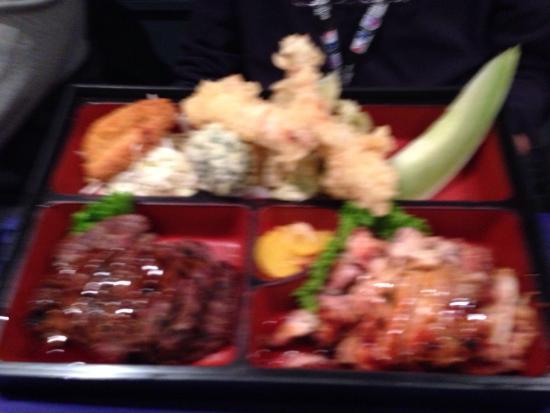 Sushi House: Bento box beef and chicken teriyaki