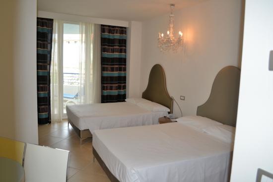 Blu Suite Hotel: кровати