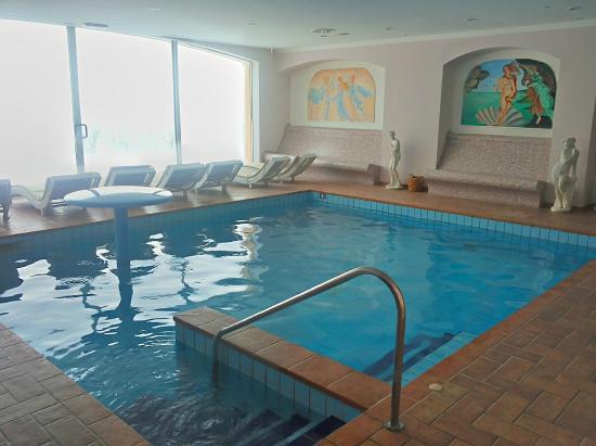 Villa di Carlo Spa&Resort : zona spa con piscina a 40°,bagno turco e sauna