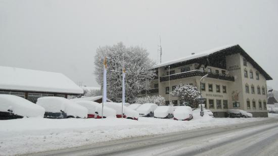 Hotel Forsthaus: Lots and lots of snow