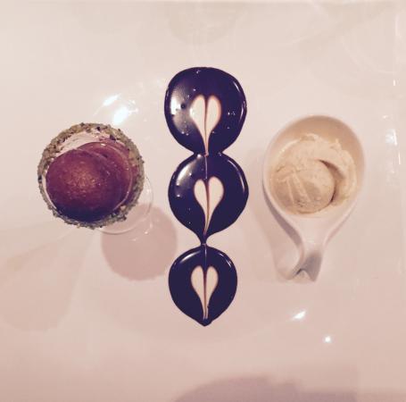 MemSaab : Gulab Jaman dessert