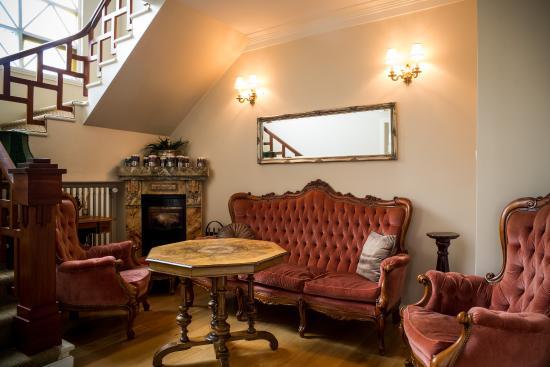 Hrafninn Guesthouse: Sitting area
