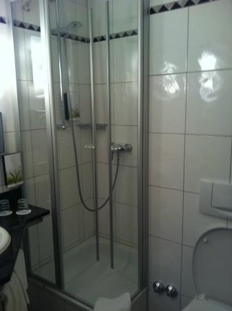 Noris Hotel: baño, con secador