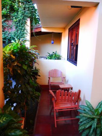 Casa San Francisco: izby na prízemí s malými teraskami
