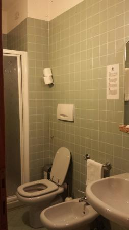 Hotel Bonifacio: Il bagno