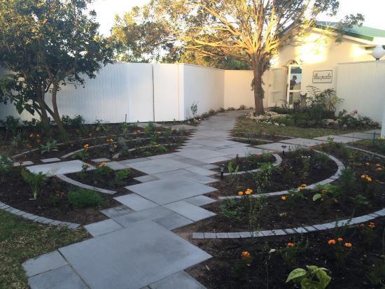 Lakeside Lodge & Spa: Herb garden