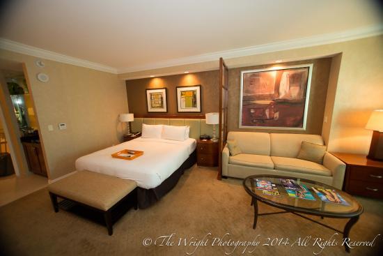 One Bedroom Balcony Suite Mgm Las Vegas