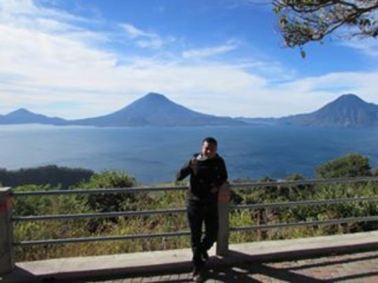 Gray Line Guatemala: Lago Atitlan