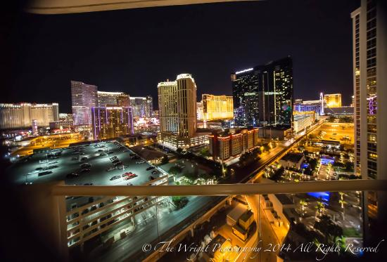 Signature at MGM Grand: Balcony view Tower one, 17th floor