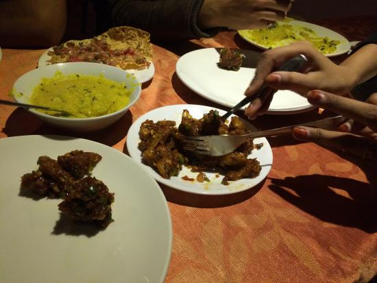 Blue Bells Valley Resort: Food