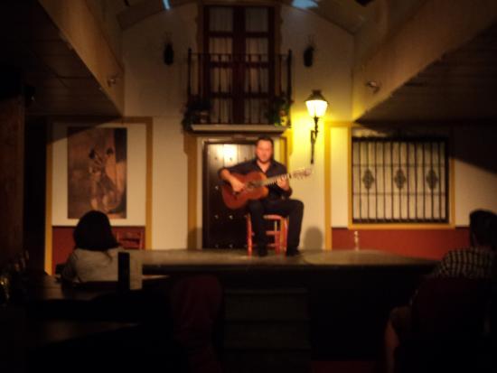 Sala Sentir Flamenco: cantore