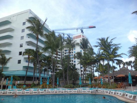 lobby picture of hotel riu plaza miami beach miami. Black Bedroom Furniture Sets. Home Design Ideas