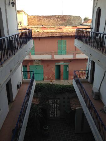 Hotel La Residence : 中庭
