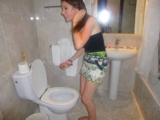 FERGUS Tobago: Bathroom