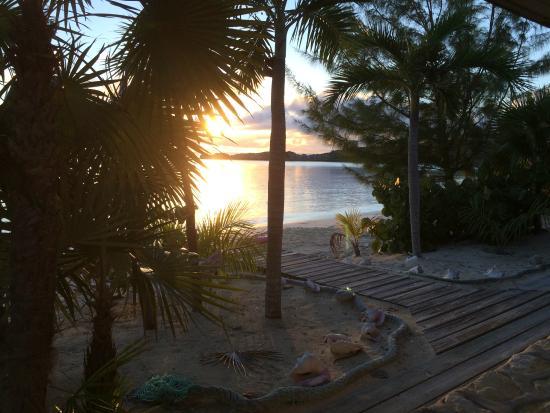Island HoppInn: Sunset from the veranda outside our suite door