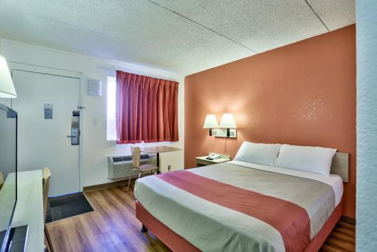 Motel 6 Flagstaff East - Lucky Lane: Guest Room