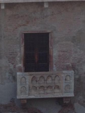 Juliette's Suite: balkon der Julia vor der Öffnung am Morgen