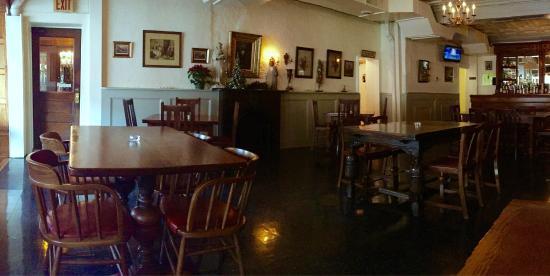 James Buchanan Pub Hotel Dining Room At The