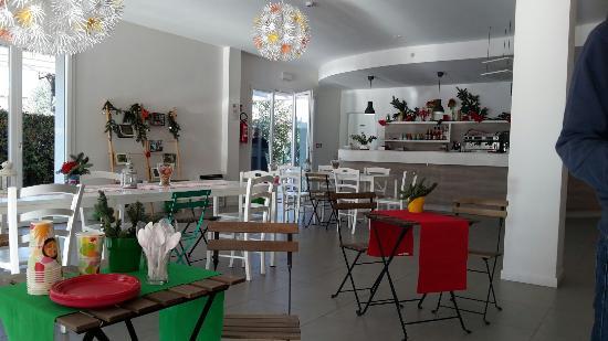 Meet Gardalake Hostel : Bar