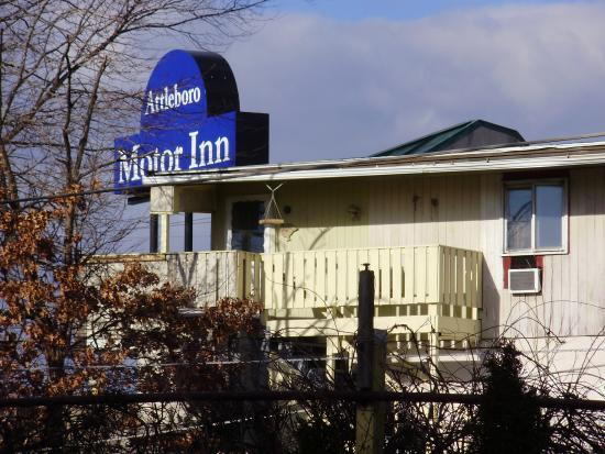 Located in south attleboro ma picture of attleboro for Attleboro motor inn attleboro ma 02703