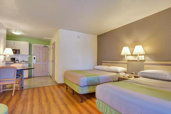 Motel 6 San Francisco - Redwood City : Guest Room