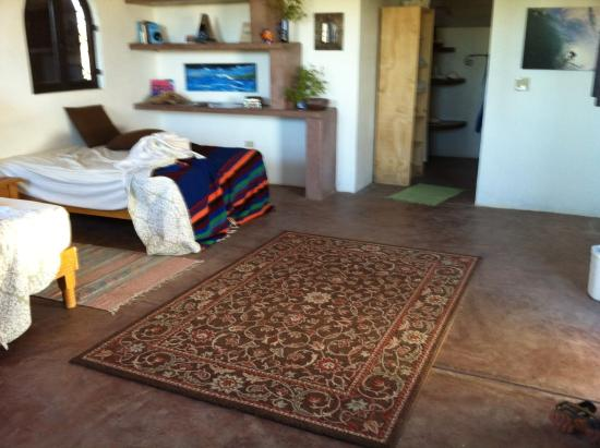 Gypsy's by the Sea - Beach Guest House: main space