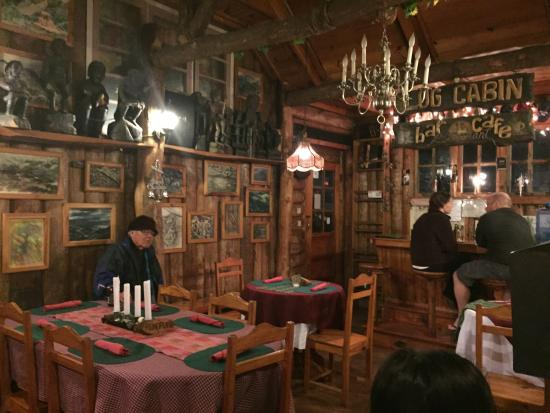 Log Cabin: Interior